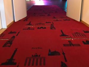 zeus teppichboden berlin auslegware teppich und cv bodenbelag. Black Bedroom Furniture Sets. Home Design Ideas